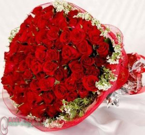 Red Rose little bouquet.8